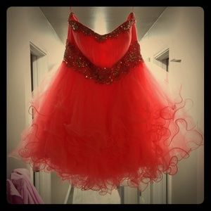 Homecoming/prom short coral dress